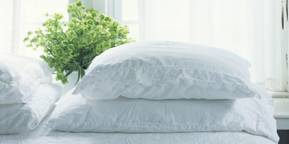 Clean Pillow And Comforter