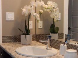 How to Make Your Bathroom Sparkling Clean