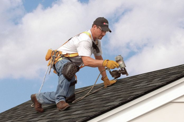 Why You Should Hire Montgomery County Roofing Contractors? 1