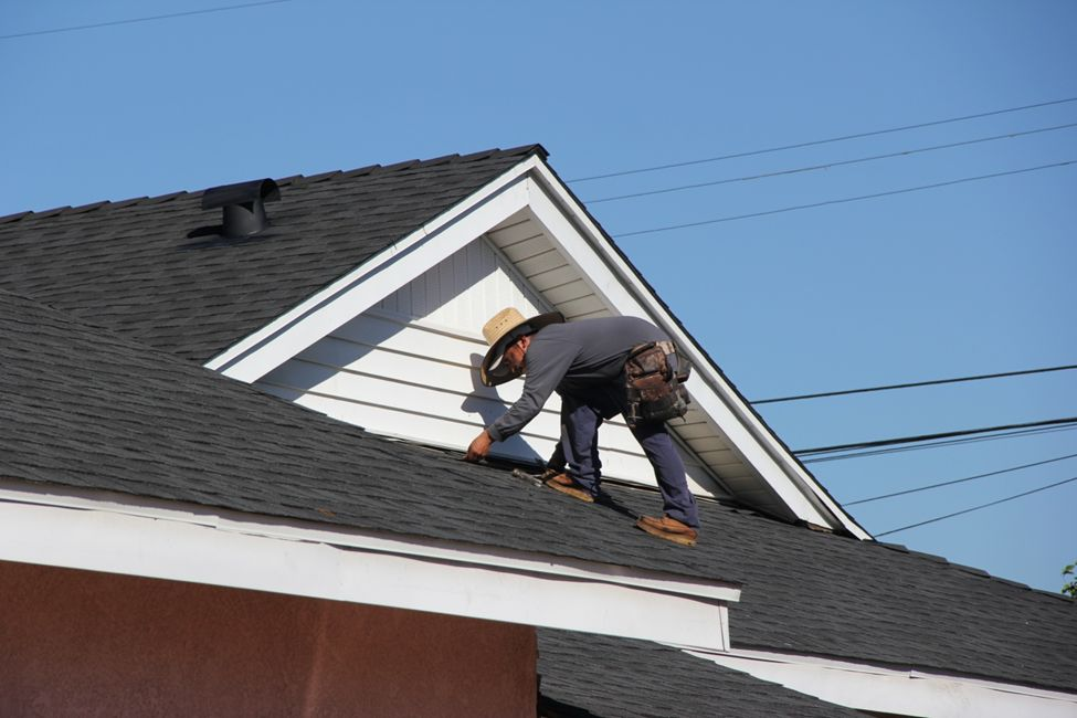 Why You Should Hire Montgomery County Roofing Contractors?