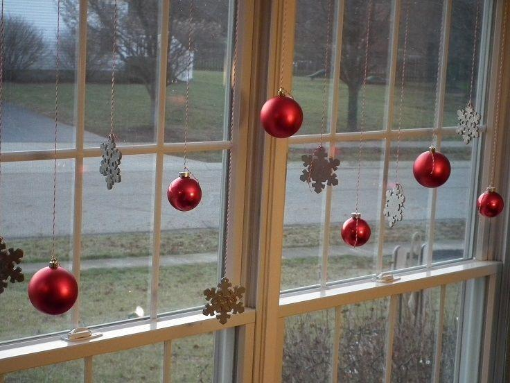 how-to-decorate-your-windows-for-christmas-3