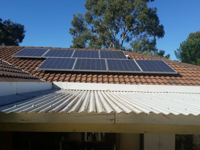 How-To-Choose-Solar-Panels-featured