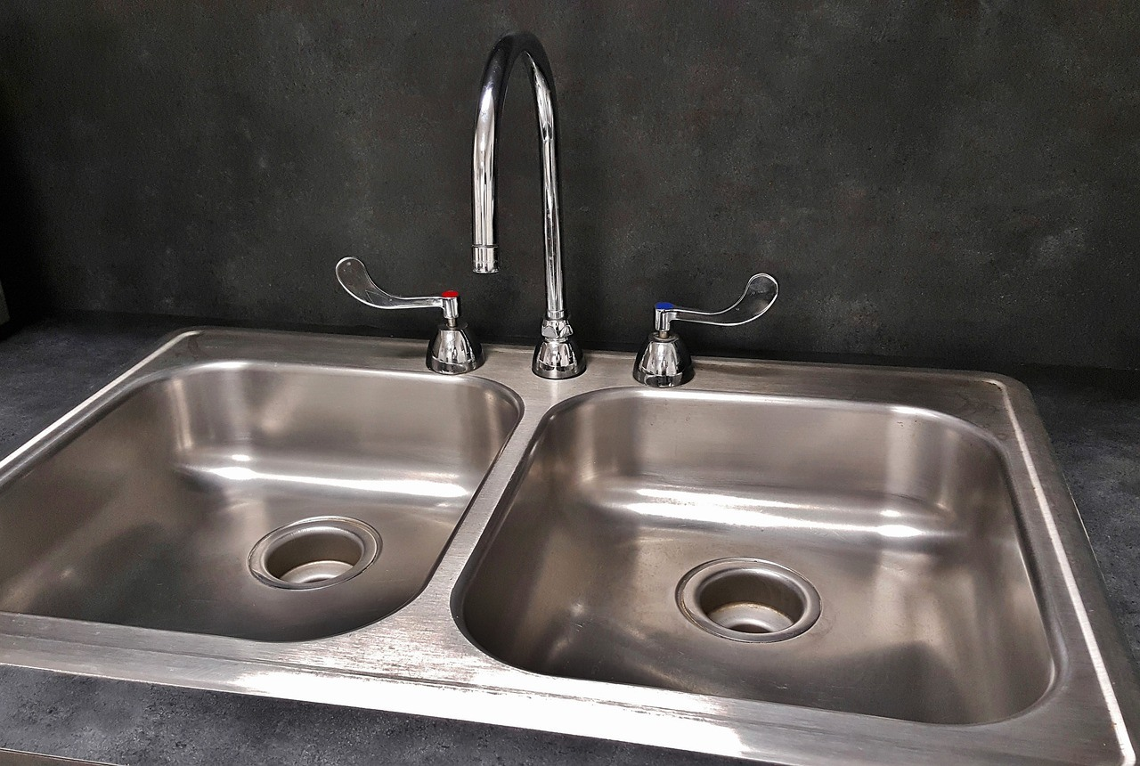 tips-on-keeping-your-kitchen-tap-clean-2