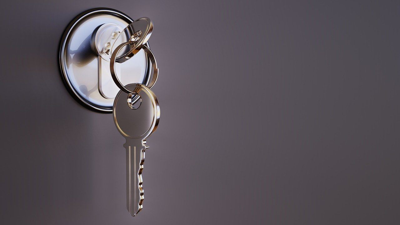 when-and-why-you-should-hire-a-locksmith-in-chicago-3