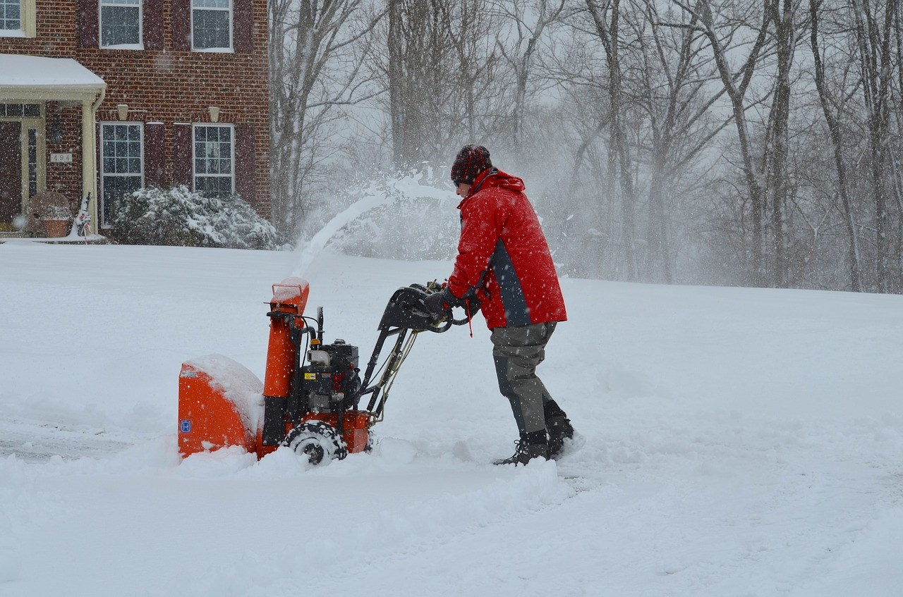 gas snow blowers